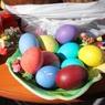 Куры снесли на Пасху цветные яйца