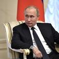 Песков рассказал о 60 звонках о бомбах на пути у кортежа Путина