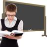 Владимир Путин поручил освободить учителей от бумажной работы