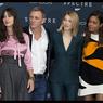 Агент 007 Джеймс Бонд провел фотосессию со всеми своими девушками (ФОТО)