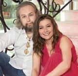 Отсидевший сын Василия Ливанова раскрыл подробности свадьбы с Машей Голубкиной