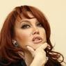 """Азиза снова огорчалась по поводу ухода с шоу """"Маска"""", но позвала на помолвку с итальянцем"""