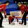 Чемпионат Европы по Керлингу: Россия настигает Данию