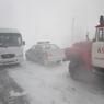 МЧС: На Алтае пять машин с людьми застряли в снежном плену