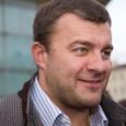 Пореченков оказался в центре скандала в каске и с пулеметом