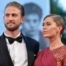 Фанаты Виктории Бони вычислили, что ее муж давно крутит роман с другой моделью (ФОТО)