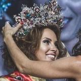 """В Сети критикуют жену Диброва, ставшую """"Миссис Россия"""""""