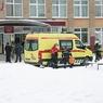 Один не давал выходить из класса, второй наносил раны: очевидцы о событиях в школе