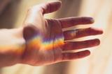 Флеболог рассказал, симптомом каких болезней являются холодные руки