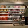 За последние полгода более 40% граждан РФ стали пытаться экономить на продуктах