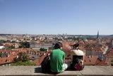 Чехия:Трехзвездочным гостиницам не достается туристов