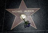 Семье Майкла Джексона отказали в миллиардах от AEG Live