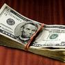 Главный экономист Сбербанка не советует вкладываться в доллары