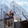 В России в два раза снизилось число мигрантов - работать на стройках теперь будут женщины?