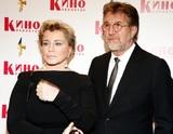 Стало известно о состоянии госпитализированной супруги Леонида Ярмольника