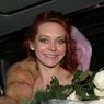 Марина Анисина заинтриговала подписчиков выходом в свет в свадебном платье