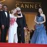 Каннский фестиваль запретил звёздам фотографировать себя на красной дорожке