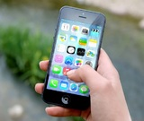 Отказ Apple и Google удалить приложения Навального будут считаться вмешательством в выборы