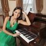 Певица Алсу представила первый после родов клип на стихи Лейлы Алиевой ВИДЕО