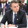 Суд обязал президента Бразилии носить маску