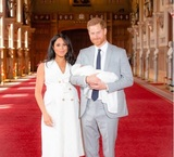 Принц Гарри и Меган Маркл представили общественности новорождённого сына