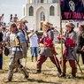 Мастеров средневекового боя не испугала татарстанская жара