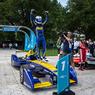 Формула Е: Ди Грасси протаранил Буэми, но чемпионом не стал