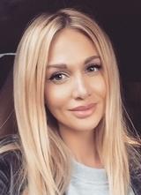 Виктория Лопырева завела любовника, который оплатил ей актерскую школу в США