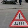 Легковой автомобиль въехал в остановку общественного транспорта в Москве