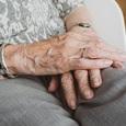 Правительство не поддержало индексацию пенсий работающим - многим придется оставаться в тени