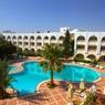 В Тунисе закрылась половина отелей из-за терактов