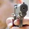 Во время ссоры водитель открыл стрельбу по семье с 2-мя детьми