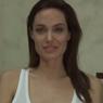 Анджелина Джоли, страдающая ветрянкой - видео бьет рекорды