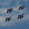 """""""Русские витязи"""" показали фигуры высшего пилотажа на новой технике (ВИДЕО)"""