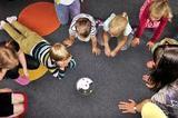В детском саду Санкт-Петербура массово отравились дети