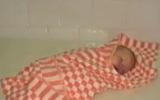 В Красноярске женщина рожала в сугробе. Зеваки не спешили помочь ни ей, ни младенцу