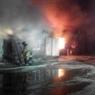 В Ростовской области сильный пожар: горит склад пивной тары