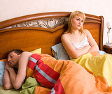 Канадские специалисты рекомендуют супругам спать раздельно