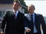 Пескову давно известно, что за Путиным следили через Шредера