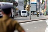 Число жертв взрывов на Шри-Ланке превысило 320