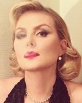 Рената Литвинова откровенно поведала о пластических операциях