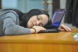 При регулярном недостатке сна человек теряет бдительность