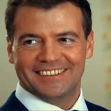 Медведев проиндексировал социальные пенсии