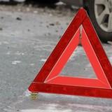 В Белгороде пенсионерка ранила водителя ножом и автомобиль врезался в столб