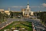В Москве, на ВДНХ открывается городской пляж