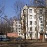Россиянам хотят запретить курить в коммуналках и возле подъездов