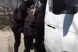 Житель Подмосковья забаррикадировался в доме и открыл огонь по силовикам
