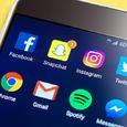 Instagram начал предупреждать пользователей о фейках и оскорблениях