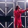 Режиссер рассказал, почему из эфира музыкальной премии исчезло слово «протесты»