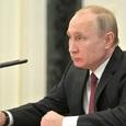 Путин отправил в отставку семерых генералов и полковника
